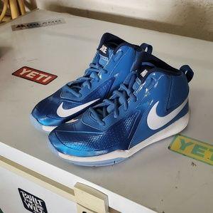 Boys Nike sz 4Y